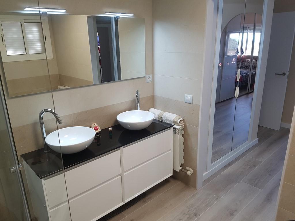 Baños | Santiago Disseny | Diseño de Cocinas en Reus | Muebles de ...
